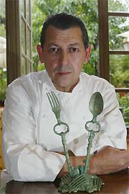 El chef Jacques Maximin quien inspiró la cocina espectáculo a Ferran Adrià